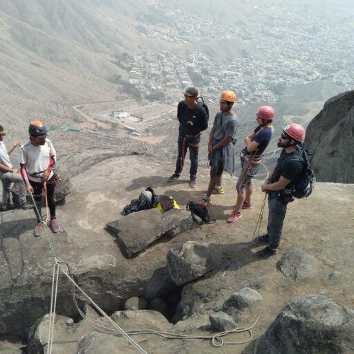 instructor escalada en roca vertical lima