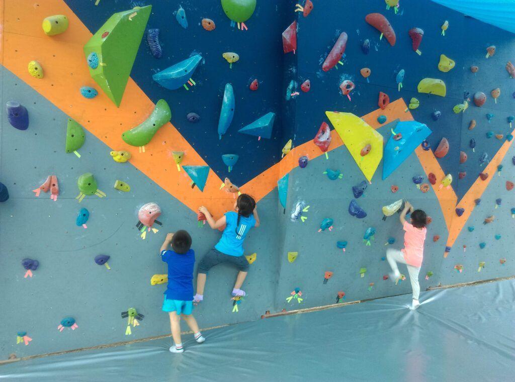 escalada para niños y niñas en lima vertical